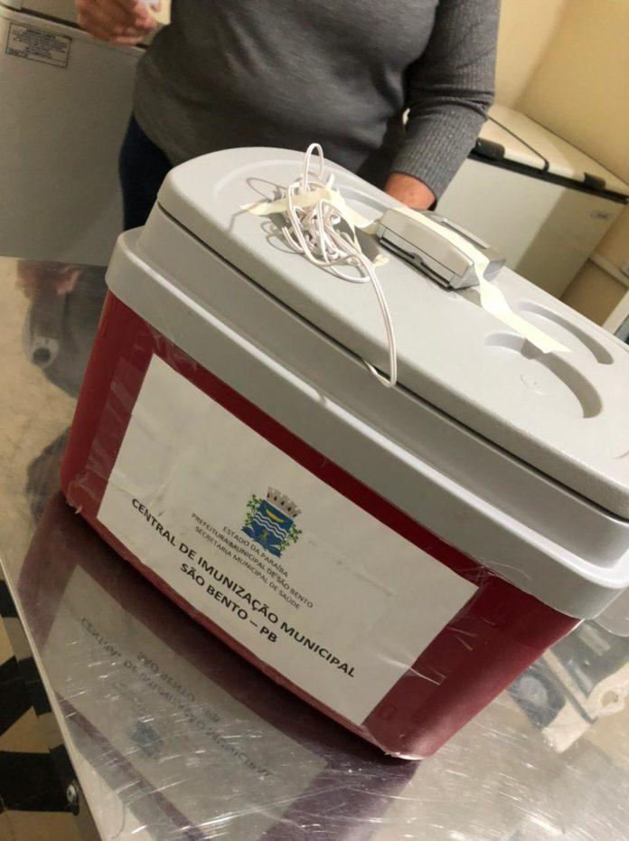 IMG 20210127 WA0106 696x930 - Secretaria de Saúde de São Bento recebe 1º lote de vacina para imunizar os idosos contra a Covid – 19 - São Bento
